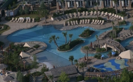 hampton-lake-lazy-river-wet-deck-beach-entry-and-competition-lanes
