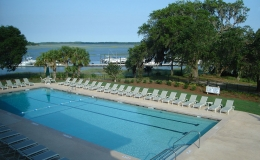 moss-creek-competition-pool-with-lap-lanes