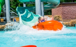 surf-lagoon-water-slide-splash