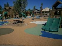 hampton-lake-wet-deck-play-area1