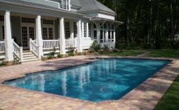 contemporary-pool-12