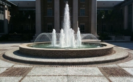 fountain-with-nozzles-and-spray-ring
