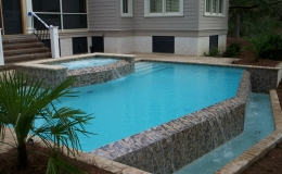 infinity-edge-on-pool-and-spa