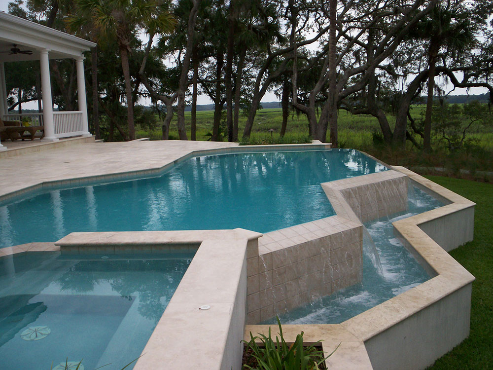 Spa In Swimming Pool: Customized Pool Water Features In Savannah, Charleston